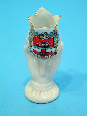 Waterfall Crested China Hand Holding Tulip Flower - New Holland • 9.99£