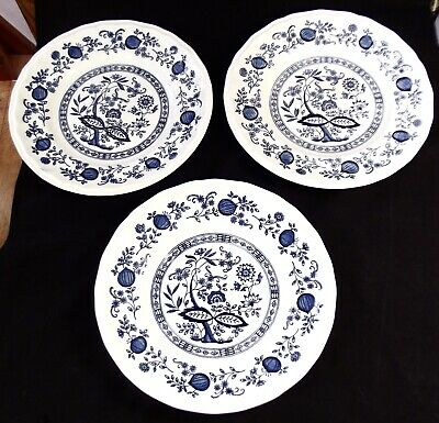 A Vintage Set Of 3 Kensington Coventry Blue Onion China Dinner Plates • 6£