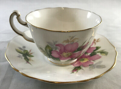 Royal Adderley Cup And Saucer • 8.95£