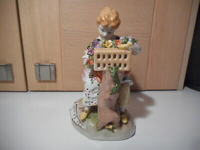 BEAUTIFUL DRESDEN CHINA LADY WITH FLOWERS, BIRDCAGE & BIRDS FIGURINE F H1030 • 35£