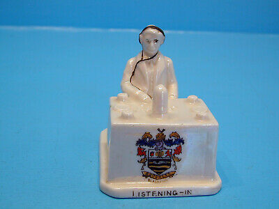 Wilton WWI Crested China Pearl Lustre Radio Operator  Listening In  - Blackpool • 79.99£