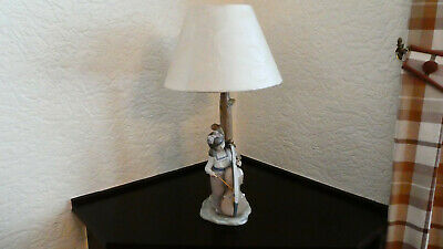 Nao Figurines Reading Lamp Mint Condition • 18£
