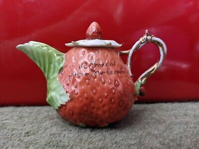 An Antique Mini Strawberry Teapot  A Present From Yarmouth  • 15£