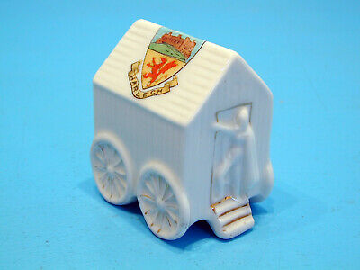 Arcadian Crested China Bathing Machine With Figure At The Door - Harlech • 19.99£
