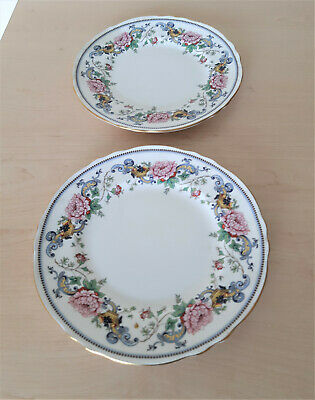 Two Crown Stafordshire Chelsea Manor Plates 22cm • 11.99£
