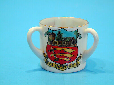 Swan Crested China Three Handled Cup - Chingford / Hornchurch / Clacton-on-Sea • 9.99£