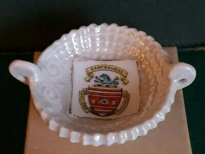 Gemma Crested Ware Shell Dish - Eastbourne  • 4£