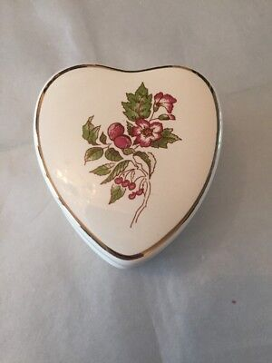 Wade  Heart Shaped Trinket Box. New In Box. • 8£