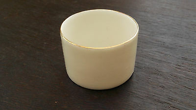 Small Round Bowl / Pot  By Goss China   Probably Missing A Lid          • 12.99£