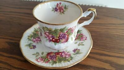 Queens Bone China Small Tea Cup And Saucer • 3.99£