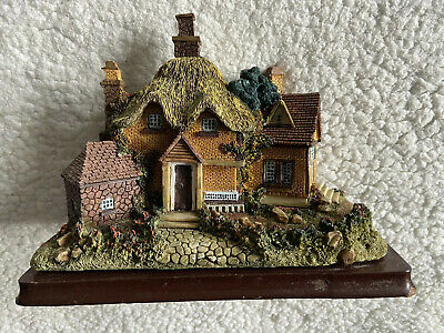 Hertford Court David Winter Large Thatched Country Cottage Lilliput Lane Style • 10£