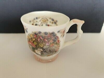 BRAMBLY HEDGE ROYAL DOULTON MINIATURE AUTUMN BEAKER MUG  1st QUALITY • 9.99£