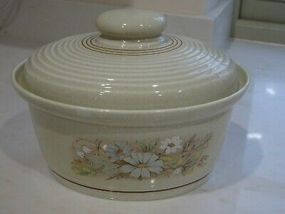 Royal Doulton Lambethware Florinda  C 1980 Oval Casserole Dish Complete With Lid • 9£