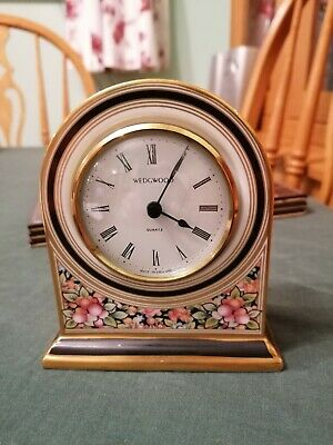 Wedgewood Clock In Good Condition • 3.60£