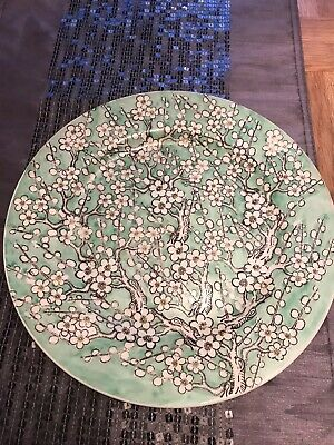 Japenese Porcelain Antique 11 Inch Plate In Green With White Flowers • 5.99£