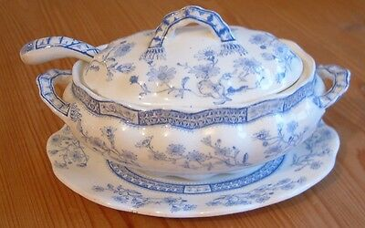 Furnivals Blue & White Sauce Or Gravy Dish With Ladle. 1890 - 1910 Mark. • 9.99£