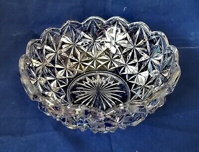 Vintage Heavy Glass Starburst Design Fruit Trifle Dessert Bowl. 21.5cm Across • 2.70£