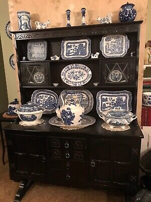 Willow Pattern Collection 27 Pieces • 27£