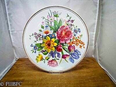 Fenton Bone China Company Plate With Flowers And Guilding • 19£