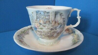 BRAMBLY HEDGE  RARE  Teacup & Saucer DINING BY THE SEA,  SEA. STORY  1ST QUALITY • 145£
