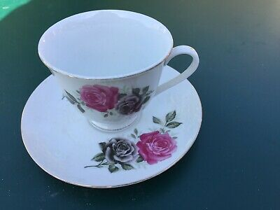 Lovely Cup And Saucer  • 2.50£