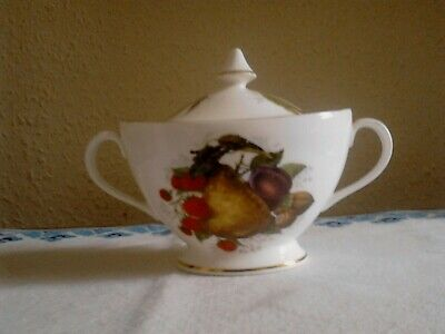 Vintage Fine China Lidded Sugar Bowl Decorated With Fruit And Nuts. • 5£