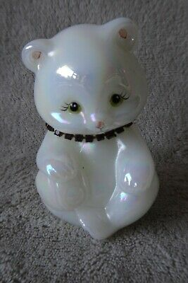 Fenton Glass Opalescent White Bear Amethyst Figurine 3.75  Excellent Condition • 19.99£