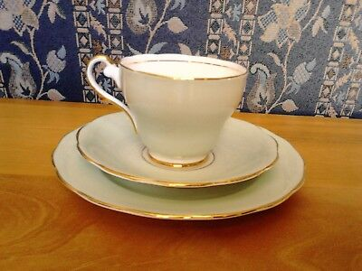 Vintage Royal Standard Mint Green Cup, Saucer And Side Plate Trio. • 4£