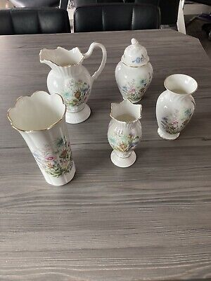 Aynsley Wild Tudor Bone China Set  • 1.10£