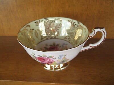 Paragon Bone China Teacup Decorated Inside And Out In Good Condition • 21.40£