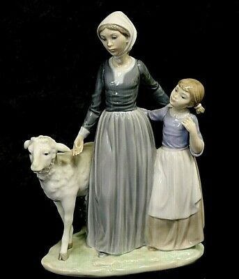#4 LLADRO Daisa 1983 Lady With Girl And Sheep Figurine Ornament Collectable  D4 • 6£