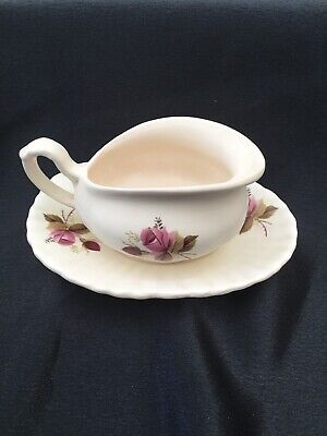 Axe Vale Sauce Boat  Pink Rose 1950's • 2.80£