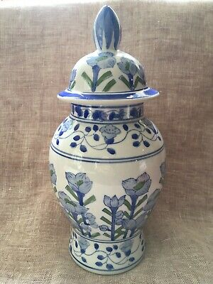 Vintage Chinese Blue & White Hand Painted Temple Ginger Jar 30cm Tall - VGCondtn • 14.99£