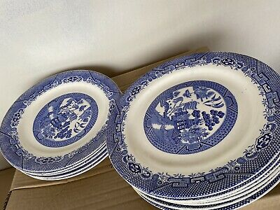 Vintage - Traditional Churchill Blue Willow Dinner Set • 30£