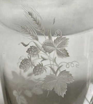Vintage Sherry Drinking Glass Etched With Strawberry, Leaf & Wheat Design • 6£