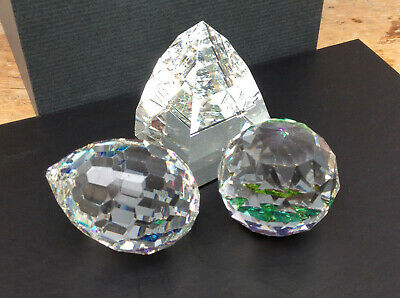 Three Vintage Clear Crystal Glass Paperweights • 10£
