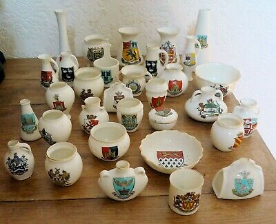 Collection Of 33 Pieces Of W H Goss Crested Souvenir China • 34.99£