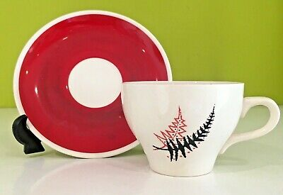 Vintage WADE Fern  Red Black Cup And Saucer England  1950s  • 17.99£