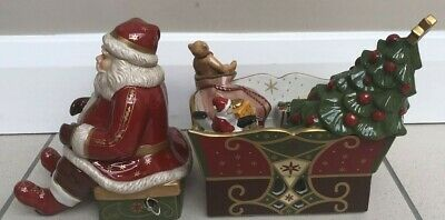 Father Christmas Ceramic Musical Ornament & Sleigh Candle Holder • 36.99£
