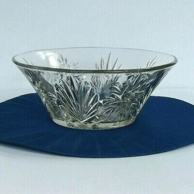 Beautiful Vintage Cut Clear Glass Fruit Bowl, Trifle Dish  • 12.95£