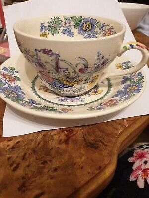 Masons Strathmore Large Breakfast Cup And Saucer • 14.50£