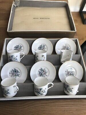 Royal Worcester 12 Pcs Coffee Set - 2 Cups Broken (pieces Included) • 5£