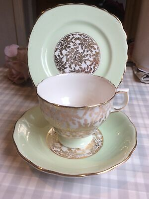 Tea Cup Trio, Royal Vale, English Bone China, Green, Shabby Chic, Vintage • 9.50£