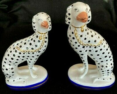 Attractive Pair Of  Dalmation Dogs From National Trust Country House Collection • 40£
