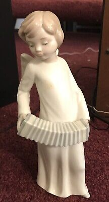 Nao Lladro Angel Playing Concertina **Perfect Condition** • 8.50£