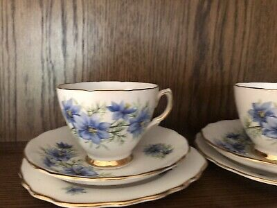 Colcough Blue Flower Tea Set • 5.30£