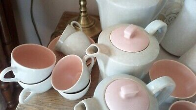Twintone Poole Pottery Tableware • 75£