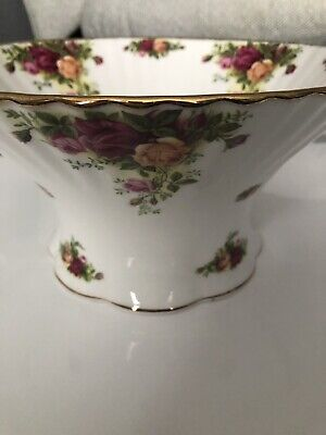 Royal Albert Old Country Roses Large Fruit Bowl/Salad Bowl • 65£