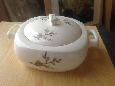 Midwinter Spring-pussy Willow Casserole Dish • 19.70£