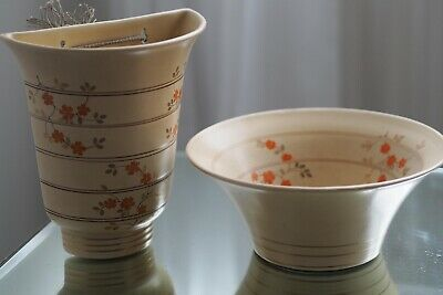 Gray's Pottery Vintage Antique Dish And Wall Pottery Flower Holder Plant Set. • 11.90£